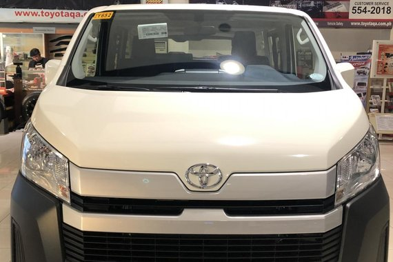AVAIL YOUR FAMILY VAN PROMO NOW! 2021 TOYOTA HIACE COMMUTER 3.0L DSL MT for as low as 87K DP Only!
