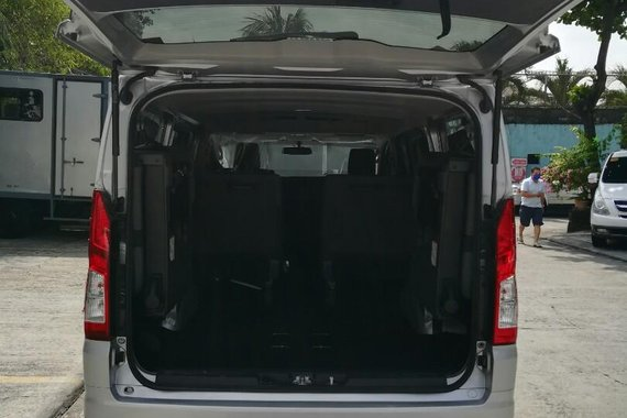 2020 Toyota Hiace Commuter Deluxe 2.8MT