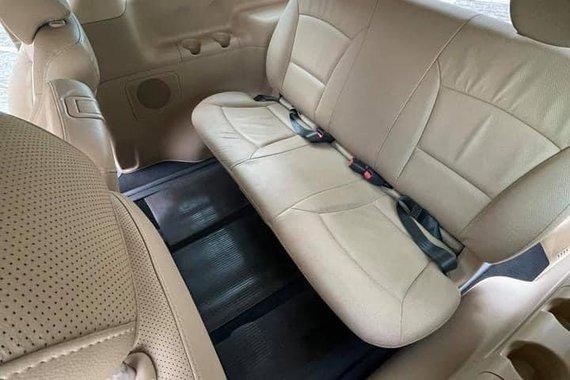 Sell 2010 Hyundai Grand Starex