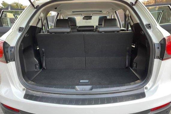 White Mazda Cx-9 2013