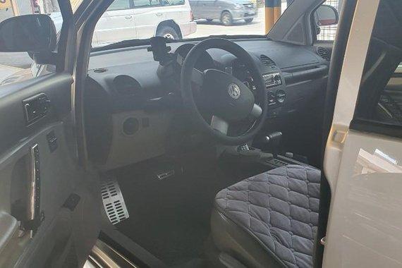 Brightsilver Volkswagen Beetle 2000 for sale in Marikina