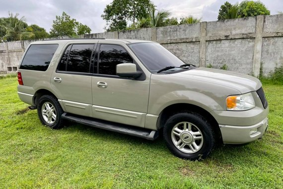 🚨🚨RUSH SALE 🚨🚨 Ford Expedition XLT 2004