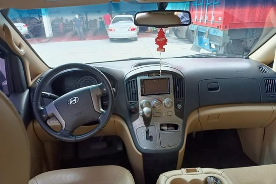 Hyundai Starex 2015 for sale in Manila