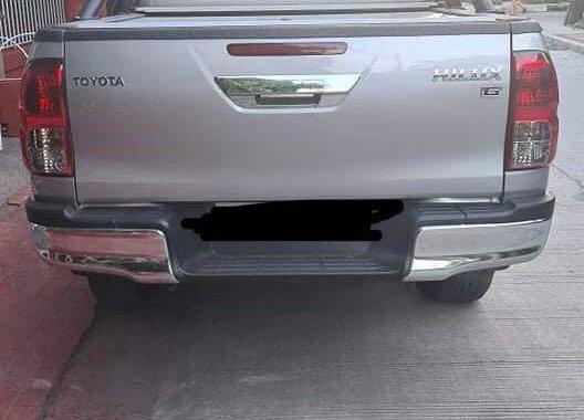 Selling Brightsilver Toyota Hilux 2020 in Valenzuela
