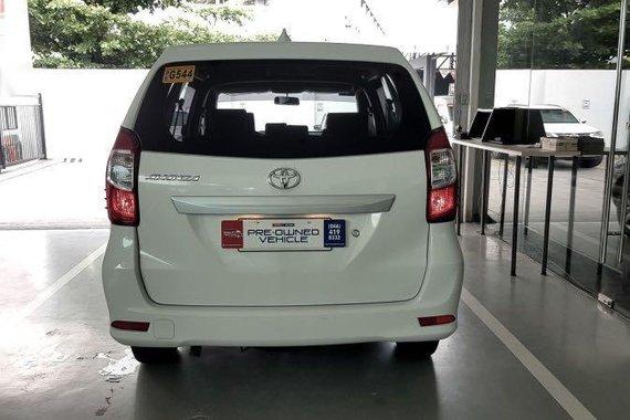 Selling White Toyota Avanza 2020 in Las Piñas