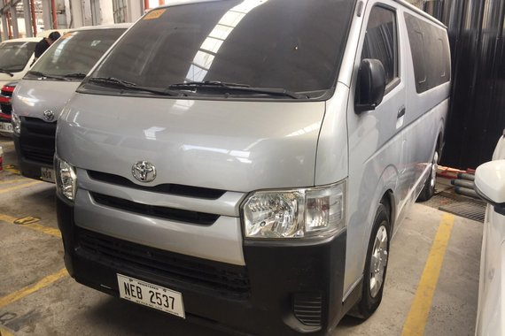 2017 Toyota Hiace Commuter M/T