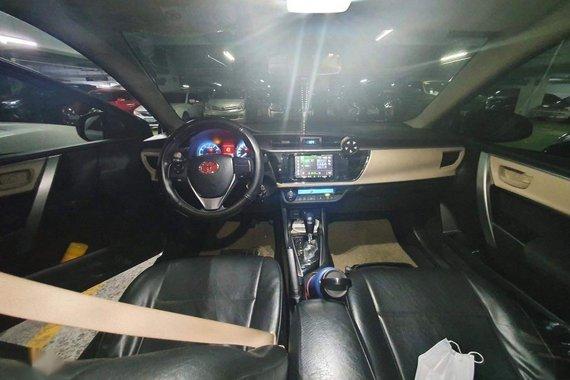 Si lverToyota Corolla Altis 2016 for sale in Manila