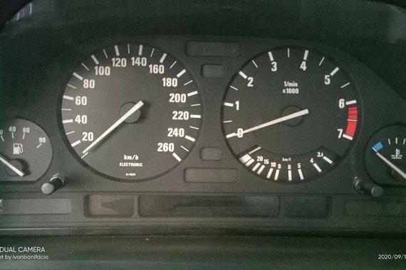1989 BMW 525i Automatic
