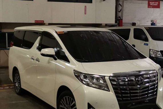 Pre-owned Pearlwhite 2017 Toyota Alphard  for sale