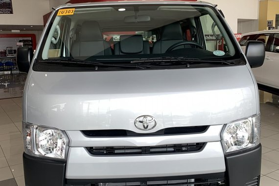 2021 Toyota Hiace  Commuter 3.0 M/T LOW DOWN PAYMENT