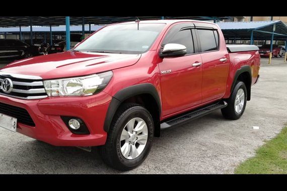 Selling Toyota Hilux 2020 at 33000 in Parañaque