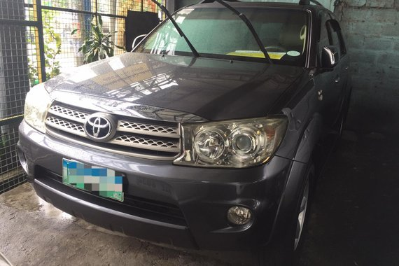 2010 Toyota Fortuner G A/T