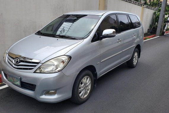FOR SALE! 2010 Toyota Innova G Gas Automatic