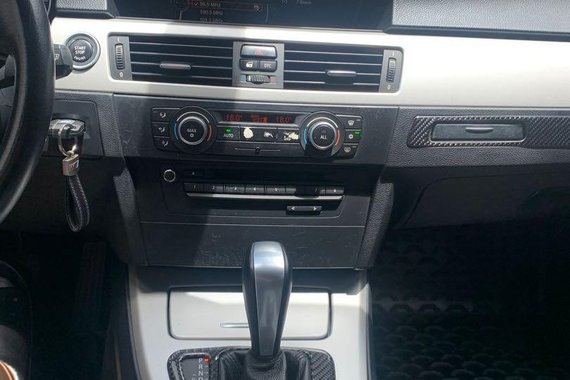 BMW 318I 2012 for sale in Automatic