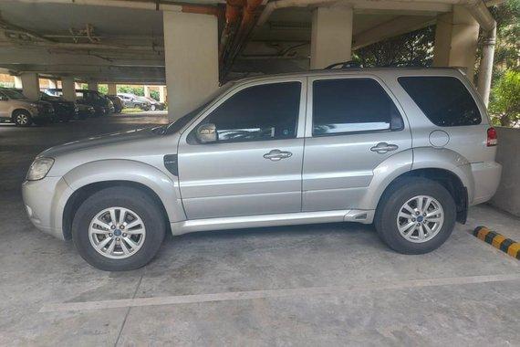 Brightsilver Ford Escape 2011 for sale in Quezon