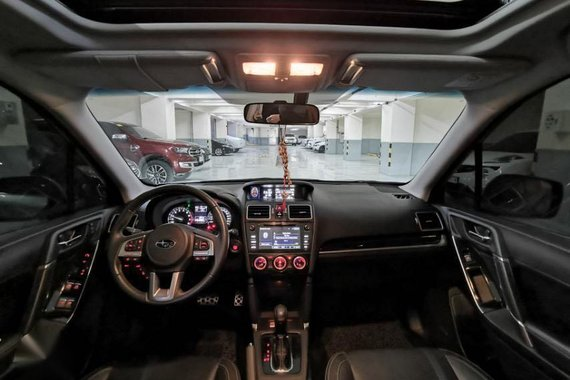 Selling Brightsilver Subaru Forester 2017 in San Juan