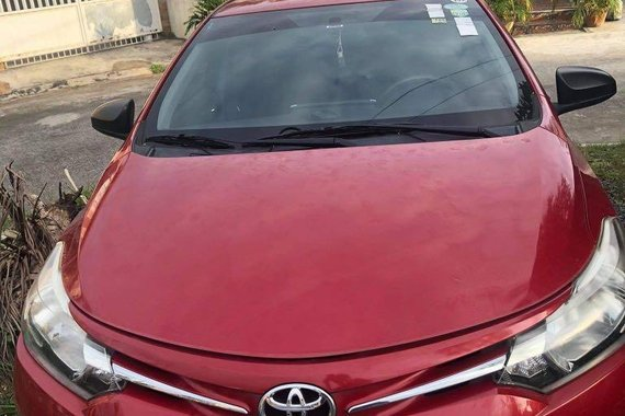Red Toyota Vios 2016 for sale in Manual