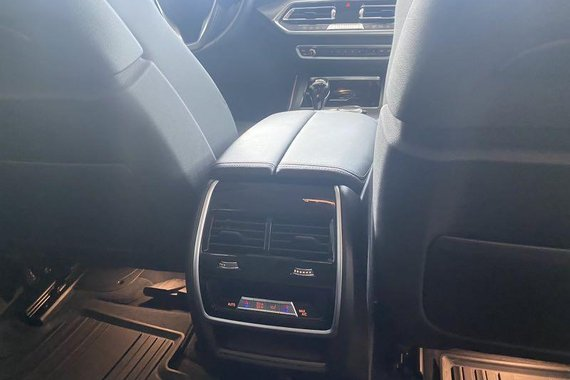Selling Silver BMW X5 2020 in Pasig
