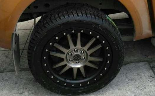 Np 300 Navara Black Rhino Mags N Tires Set 287051