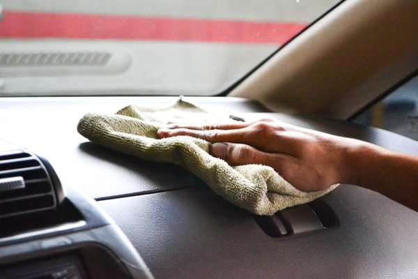 Clean the car interior