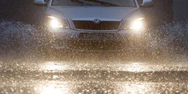 headlights in the rain