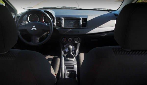 Mitsubishi Lancer EX front seats