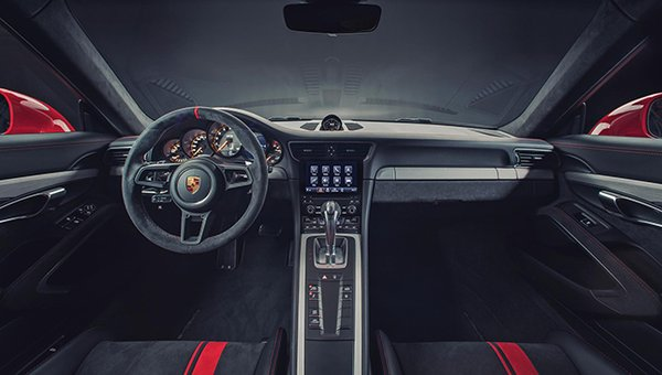 the new Porsche 911 GT3 cabin