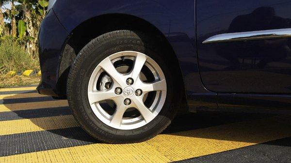 Toyota Wigo 1.0 G AT tires