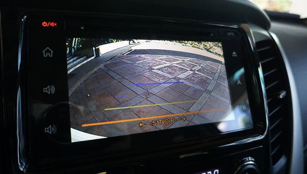 Mitsubishi Montero Sport GLS's  back-up camera