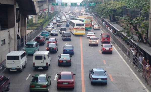 LTO's safety program for commuters during Holy Week 2017