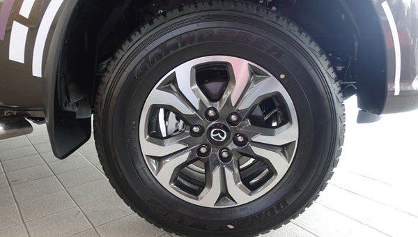 Mazda BT-50 tire