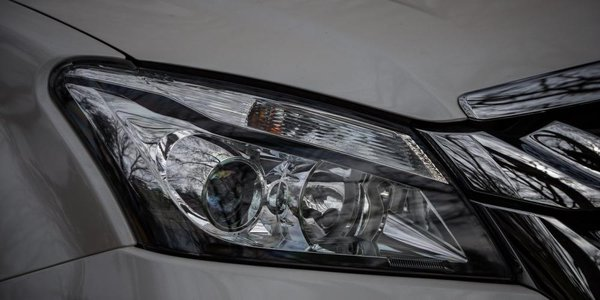2016 Isuzu Mu-X headlight